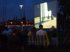 FUTURE SHORTS atklāj vasaras sezonas kino rādīšanu zem atklātām debesīm