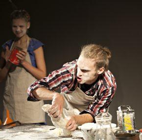 """DDT bērnu un jauniešu teātris """"Šmulītis"""" aicina uz izrādēm janvārī"""
