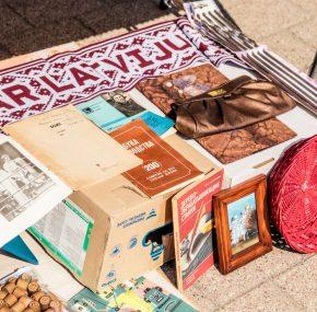 Welcome to the flea market in Spīķeri on Saturday