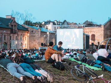 Filma HOMO NOVUS Spīķeros – brīvdabas kino vakaru atklāšana
