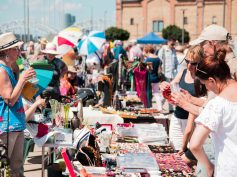 June Riga flea market in photos