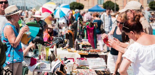June Riga flea market in photos