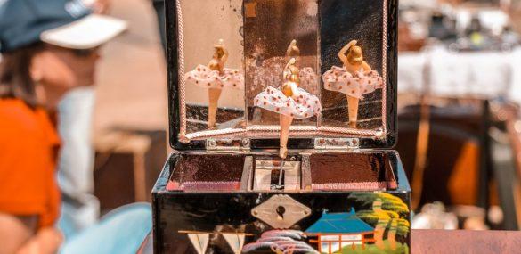 Sestdien Spīķeros norisināsies brīvdabas andele – Rīgas krāmu tirgus