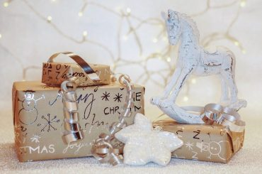 Ziemassvētku dāvanu ceļvedis Spīķeru kvartālā