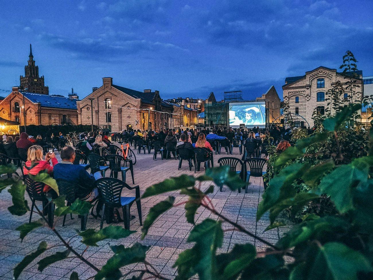 Kino vakars Spīķeros Rīgā