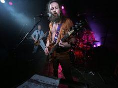 """Brīvdabas koncertu Spīķeros sniegs rokgrupas """"Inokentijs Mārpls"""" un """"Age Of Stones"""""""